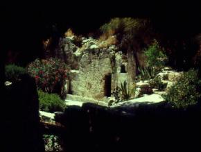 med_garden_tomb