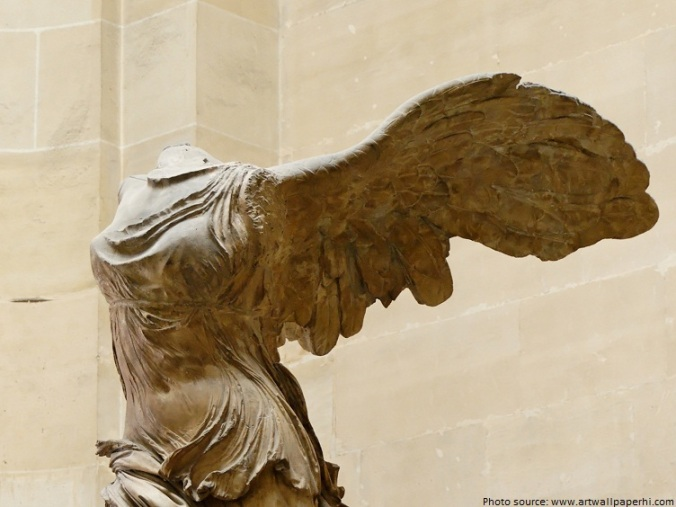 winged-victory-of-samothrace-3